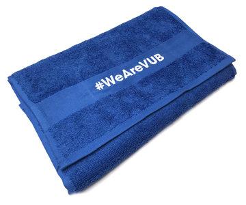Fitness handdoek blauw met borduursel #WeAreVUB