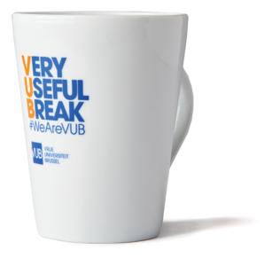 Koffiemok wit 'Very Usefull Break'